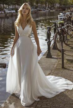 Trouwjurk Modeca Formal Dresses, Wedding Dresses, Future, Fashion, Rosa Clara, Dresses For Formal, Bride Dresses, Moda, Bridal Gowns