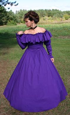 dresses from the southern belle era Victorian styled cotton gown with long sleeves and wide ruffle along the shoulders and neckline. Typical of the Civil War era, the s Goth Dress, Dress Up, Southern Belle Dress, Red Hat Ladies, Cotton Gowns, Beautiful Long Dresses, Red Hat Society, Halloween Fashion, Red Hats
