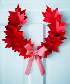 Canada Day wreath - Made from red paper maple leafs - Paper Holiday Decorations by Sarah Hartill for Canadian House & Home Canada Day Party, Canada Day 150, Happy Canada Day, Canada Day Crafts, Canadian House, Seasonal Decor, Holiday Decorations, Canada Holiday, Crafts For Seniors