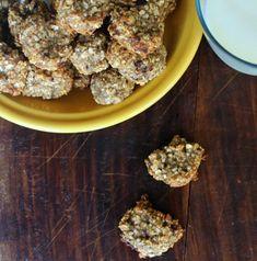 Μπισκότα με μπανάνα και βρώμη. Μια πανεύκολη και υγιεινή συνταγή με δυο μόνο υλικά από την Έλενα Σμπώκου aka Elena is cooking!