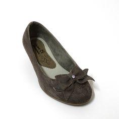 Luisa Menina - Sapato infantil chocolate. Coleção Inverno 2012.