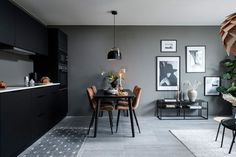 MINI DVOSOBNI STAN: malo kvadrata i pregršt stila na zadnjem katu zgrade - Indizajn s Mirjanom Mikulec Small Apartments, Small Spaces, Living Room And Dining Room Design, Deco Studio, Appartement Design, Piece A Vivre, One Bedroom Apartment, Decoration Design, Interior Decorating