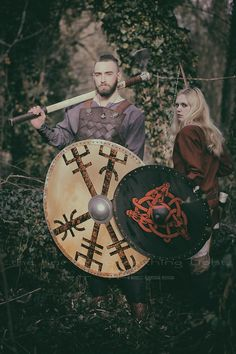 """Norse/German/ Mythology Projekt """"The Huscarl & the Shieldmaiden"""" Ⓜ️  > Silivren & Dupri  > """"the fine Art of catching Light"""" by Pit Theiss Special Thanks to Burgschneider #thefineartofcatchinglight #pittheissphotography #photopoetry #storytelling #fineartphotography #portraitphotography #medieval #germanmythology #mythology #fantasy #vikingstyle #nordic #asatru #history #vikinglife #vikings #norce #norcemythology #shieldmaiden #pagan #veturinnnálgast #burgschneider  #burghanstein"""
