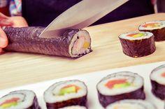 En la actualidad existen diversos tipos de sushi, pero ¿te atreves a probar un sushi con un toque fuera de lo normal? Bien es sabido que cuando