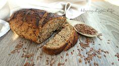 Profumato e fragrante, il pane integrale ai semi di lino potrà accompagnare i vostri pasti deliziandovi e regalandovi tutte i benefici dei semi di lino.