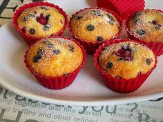 Vláčne muffiny, recept | Tortyodmamy.sk Muffin, Cupcakes, Breakfast, Food, Hampers, Morning Coffee, Cupcake Cakes, Essen, Muffins