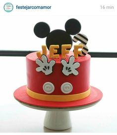 Mickey mouse nice and simple cake