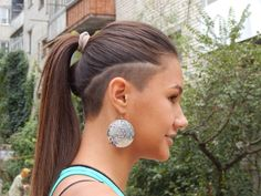 razor-styling-with-ponytail-hair-idea-for-women.jpg pixels razor-styling-with-ponytail-h Undercut Ponytail, Shaved Undercut, Undercut Long Hair, Undercut Women, Sleek Ponytail, Mohawk Hairstyles, Shaved Hairstyles, Modern Hairstyles, Hair Tattoos