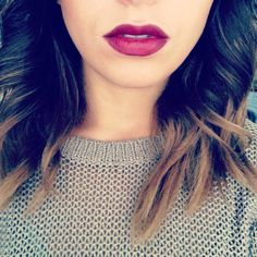 Plum lipstick is perfect for date night! // #makeup