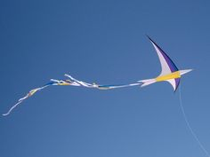 A simple, elegant bird kite with a swallow tail - the stylized approach works so well. Bird Kite, Kite Making, Parachuting, Go Fly A Kite, Kites, Swallow, Flyers, Lightning, Theatre