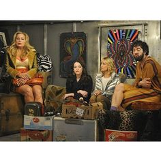 Moving Day! The diner gang helps Oleg move into Sophie's place on #2BrokeGirls tonight 8/7c #CBS