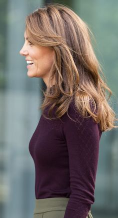 Kate Middleton was just blond for fall Kate Middleton Makeup, Style Kate Middleton, Kate Middleton Outfits, Kate Middleton Wedding, Kate Middleton Haircut, Vestido Kate Middleton, Business Dress, Herzogin Von Cambridge, Royals
