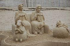 Hampton Beach sand sculpting - Sculptor: Karen Fralich,