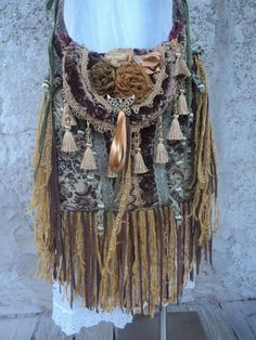 Large Handmade Boho Fringe Carpet Bag Artisan Gypsy Hippie Cross Body tmyers #Handmade #MessengerCrossBody