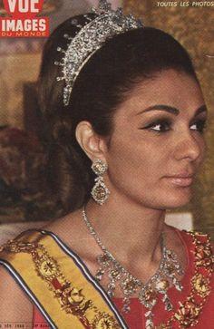 Empress Farah Pahlavi of Iran, wearing the tiara seen in the previous two pins. Royal Crown Jewels, Royal Crowns, Royal Tiaras, Royal Jewelry, Tiaras And Crowns, Farah Diba, Grace Kelly, Persian Princess, Pahlavi Dynasty