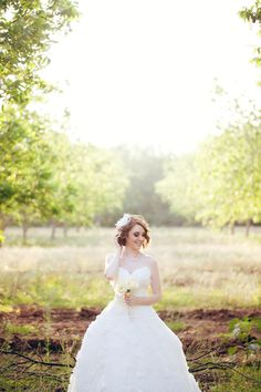 Royalty Pecan Farms wedding in Caldwell, TX {Ryan Price Photography} perfect location for an outdoor rustic wedding #texaswedding #venue #orchard