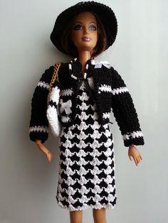 vetement pour poupée mannequin Barbie (210)