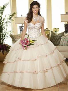 Estupendos vestidos de fiesta de 15 años | Colección 2014