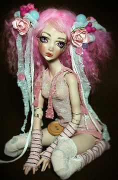 Doll!♡ --> Anyone know what kind and who's? - found it? Ooak Porcelain BJD Doll by Forgotten Hhearts by ForgottenHearts