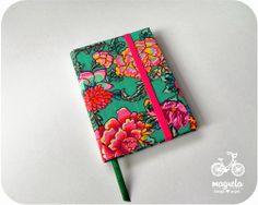 caderno+floral+fundo+verde  http://magreladesign.blogspot.com.br/