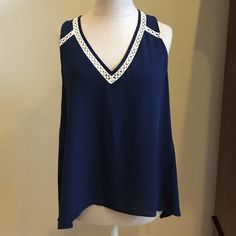SALE Eight sixty navy tank Size M from Anthro Gorgeous eight sixty navy and white tank, with beautiful detailing. Worn once. Bought at Anthropologie. Anthropologie Tops Tank Tops