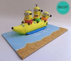 Celebrate Summer With These Minions - Cake made by Biscuit Mexico