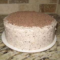 """Chocolate Candy Bar Cake """"I made this once for a family gathering and now everyone insists that it be at every gathering! It's so easy; you use a box cake mix! For chopping the chocolate bars, I put them in the freezer, then hit them with a hammer while Köstliche Desserts, Delicious Desserts, Food Deserts, Yummy Food, Hershey Bar Cakes, Hershey Candy, Candy Crush Cakes, Apple Cake Pops, Cotton Candy Cakes"""