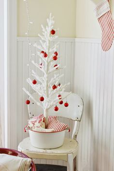Kitchen Christmas Tree | Happy At Home: Holiday Home Tour