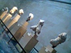 These are the corresponding statues of the north metope of the Grand Parthenon. Elgin Marbles, Parthenon, Statues, Dogs, Animals, Animales, Animaux, Pet Dogs, Effigy