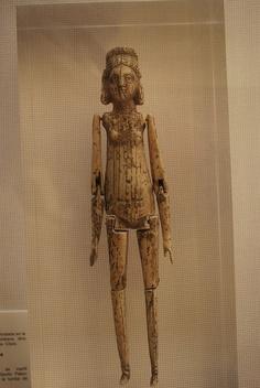 romano temprano articulado muñeca --- early Roman articulated doll