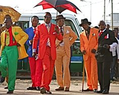 bacongo - Through their debonair dress and strict emphasis on personal hygiene, the Congolese sapeurs defied notions of racial inferiority by assuming the trappings of modernity and cosmpolitanism. Sharp Dressed Man, Well Dressed, Congo, Image Summer, Fashion Wear, Mens Fashion, Mode Hipster, Bcbg, Zara