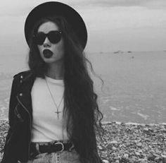 grunge black and white / fashion photography /