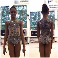 Gym Leotards, Girls Gymnastics Leotards, Gymnastics Outfits, Cute Girl Outfits, Dance Outfits, Dance Dresses, Rhythmic Gymnastics Costumes, Figure Skating Dresses, Sexy Asian Girls