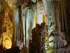 Caverna do Diabo em Eldorado-SP no Vale do Ribeira Viste o Site http://www.ovaledoribeira.com.br/ e conheça mais sobre a região.