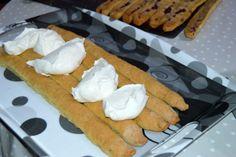 "Tort ""Cusma lui Guguta"" | MiremircMiremirc Hot Dog Buns, Hot Dogs, Cooking Recipes, Bread, Cheese, Food, Chef Recipes, Brot, Essen"
