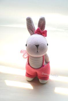 Grace -- sock bunny Domy Rabbit #handmade #craft #sockdoll Sock Bunny, Bunny Toys, Bunnies, Sock Dolls, Sock Animals, My Socks, Sewing Toys, Rabbit, Teddy Bear