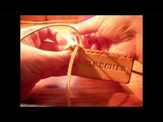 >>> Jeweleeches leather TUTORIAL video: how to make a double loop lacing!