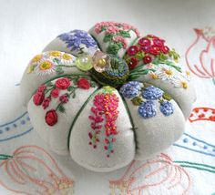 Reserved for Lydia Summer Garden on Linen by fiberluscious on Etsy