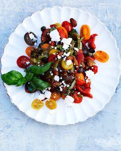 Välimeren salaatti Caprese Salad, Food, Essen, Meals, Yemek, Insalata Caprese, Eten