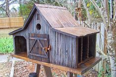 Old Farm Shed. I want to build a birdhouse like this!!!