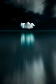 Mirage, Eric Frey - reflections clouds over a Ocean Ligne D Horizon, Pics Art, Black And White Photography, Mother Nature, Nature Photography, Minimal Photography, Colour Photography, Event Photography, Scenery