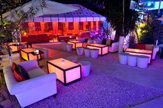 KM5 lounge bar and restaurant in Ibiza