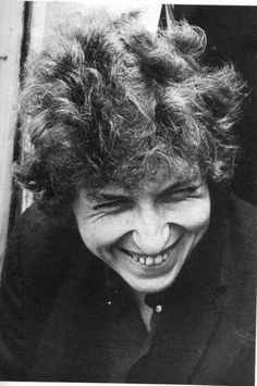 Wow, I didn't think he evere smiled. Smile!!!   Bob Dylan