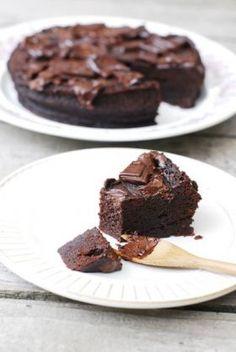 「10分で出来る簡単しっとりチョコケーキ」kibi-sugar | お菓子・パンのレシピや作り方【corecle*コレクル】