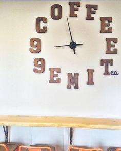 Ahhh... coffee o'clock... ☕️☕️☕️☕️ @99cups •••••••••••••••••••••••••••••••••• #coffeetime #pacificbeach #☕️#beachlife #orange #coffeoclock #sandiego #sdlife #freelancer #99cups #wallart #wood ##creative #shoplocal #entrepreneur #⏰ #energy #coffeebreak #staycreative #pb #livecolorfully #inspirationiseverywhere
