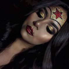 These Halloween Makeup ideas are the best! You have to take a look at these easy Halloween makeup ideas because they are pretty scary! costume makeup 13 Pretty Scary Halloween Makeup Ideas That You Have To See To Believe Creepy Halloween Makeup, Halloween Makeup Looks, Wonder Woman Halloween Costume, Halloween Halloween, Easy Halloween Costumes Scary, Halloween Makeup Glitter, Beautiful Halloween Makeup, Women Halloween, Glitter Party
