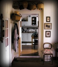 My French Country Home, French Living - Sharon Santoni  Nice post here with link to a romantic ebook on amazon about french life and love