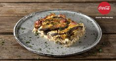 Eggplant souffle by the Greek chef Akis Petretzikis. Make easily and quickly this recipe for a scrumptious souffle with cheese, ham, and eggplants! Greek Recipes, Raw Food Recipes, Foods That Contain Gluten, Eggs In Peppers, Souffle Recipes, Nutrition Chart, Processed Sugar, Gluten Free Diet, Food Categories