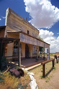 Ghost Town Gallery - Hundreds of pictures of Ghost Towns in the American West Abandoned Buildings, Abandoned Places, Ghost Towns In Arizona, Ranch Vacations, Hitching Post, Arizona Usa, Haunted Places, Old West, The Ranch
