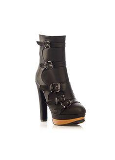 MISASHOES Bot Markafoni'de 219,99 TL yerine 79,99 TL! Satın almak için: http://www.markafoni.com/product/5652235/ #ayakkabi #cizme #bot #topukluayakkabi #moda #markafoni #shoes #shoesoftheday #booties #instashoes #fashion #style #stylish